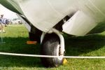 nose wheel - airshow 1995